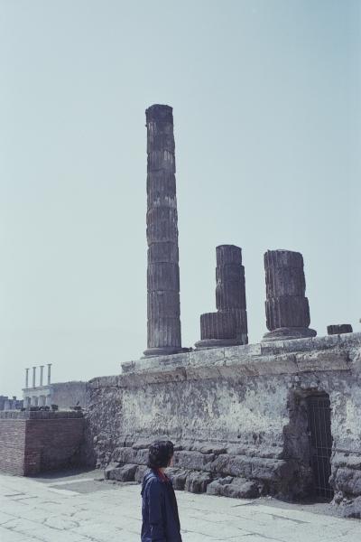http://www.paulinehisbacq.com/files/gimgs/46_pompei109.jpg